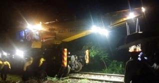 ঢাকা-রাজশাহী রেল চলাচল স্বাভাবিক হবে বিকেলে