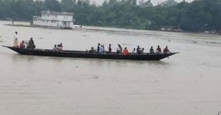 নৌকা ডুবিতে মির্জাপুরে কলেজ ছাত্রী নিখোঁজ