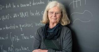 প্রথম নারী হিসেবে 'এবেল পুরস্কার' পেলেন উলেনব্যাক