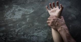 করোনাকালে মে মাসে ৩১ শতাংশ নারী-শিশু সহিংসতার শিকার